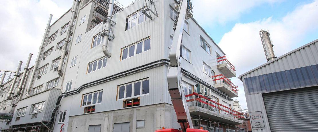 Die Bauarbeiten für den neuen Polyamid-12-Komplex von Evonik schreiten gut voran.